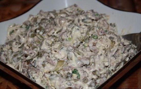 Салат из говядины орехов сыра