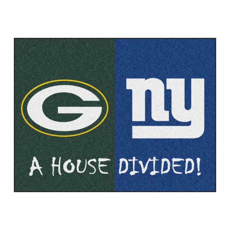 NFL Packers / Giants Green House Divided 2 ft. 10 in. x 3 ft. 9 in. Accent Rug, Green/Blue