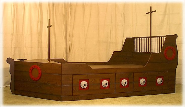 Pirate Bed with Storage