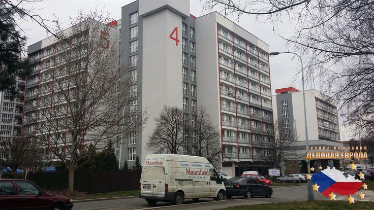 СТУДЕНЧЕСКОЕ ОБЩЕЖИТИЕ В ПРАГЕ http://golden-praga.ru/prozhivanie-studentov-v-prage  Предлагаем проживание для студентов (только студентам!!!) в Праге в общежитии расположенном в районе Прага 9 - Глоубетин.   К размещению предлагаем одноместные и двухместные комнаты с удобствами. Комнат оборудованы кухонным уголком с минихолодильником, остальную технику (чайник, микроволновку или плитку) Вы можете привести с собой.   Все комнаты имеют ванную комнату с душем, туалетом и умывальником…