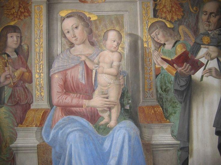 Cagli_-_Cappella_Tiranni_-_Madonna_in_trono_col_Bambino_e_angeli_-.jpg Фрески Капеллы тиранов в ц. Св. Доменика в Кальи (ок. 1490).