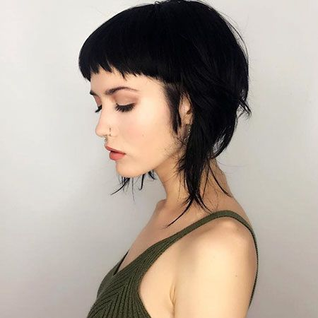 15 Cool Hairstyles for Girls with Short Hair