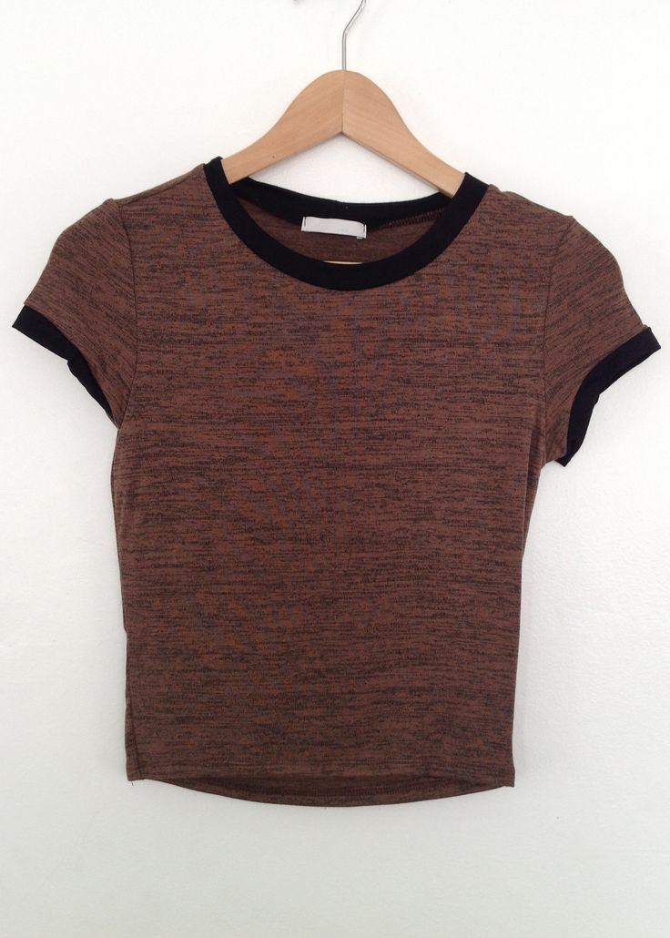 These simple things put together a brilliant outfit  lea band contrast crop top