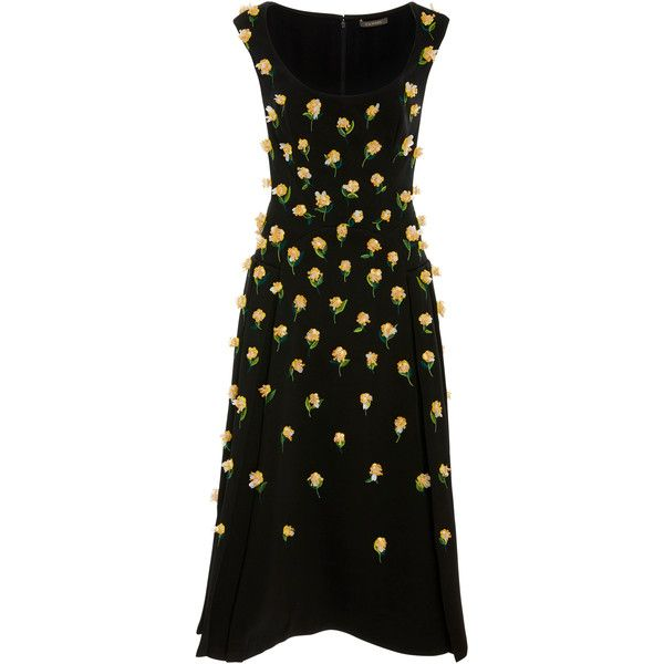 Zac Posen Honeycomb Cocktail Dress (€5.045) ❤ liked on Polyvore featuring dresses, black, zac posen, honeycomb dress, drop-waist dresses, scoop neckline dress, knee high dresses and zac posen dresses