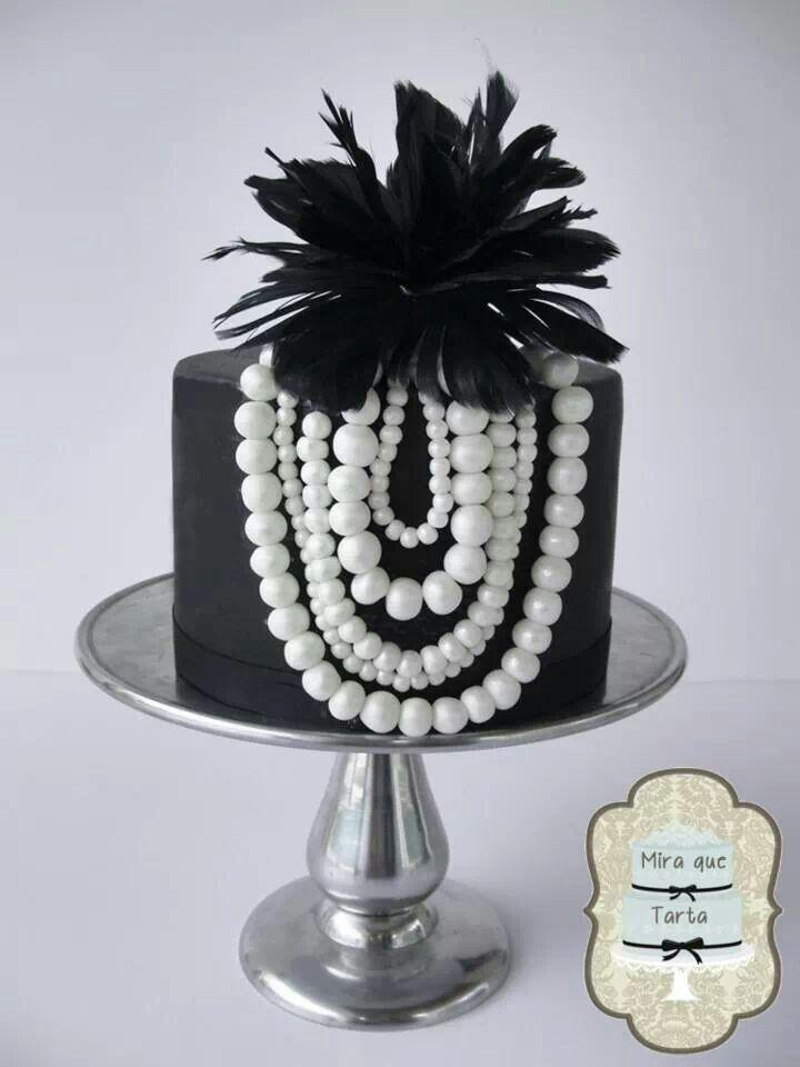 141 besten schwarze torte bilder auf pinterest sch ne kuchen s igkeiten und hochzeiten. Black Bedroom Furniture Sets. Home Design Ideas