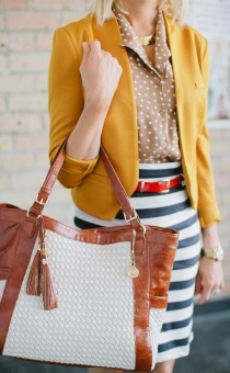 Polka Dots, Mixing Patterns, Stripes Skirts, Winter Outfit, Mixed Prints, Striped Skirts, Pencil Skirts, Mixed Pattern, Mixing Prints