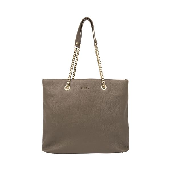 #Furla shopper as perfect piece from #DesignerOutletParndorf
