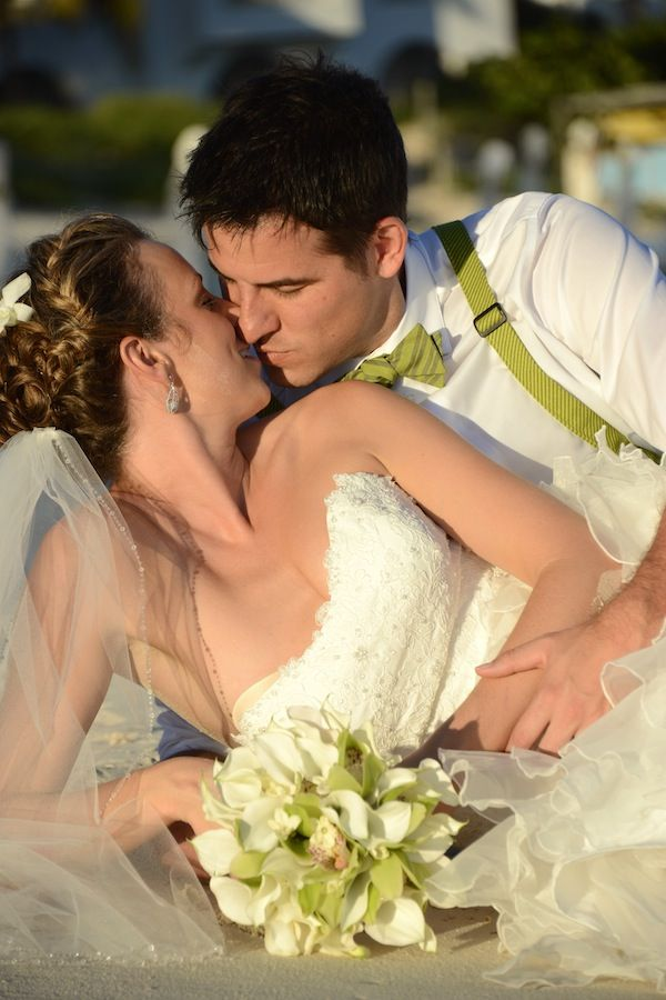 Susan Croft Photography www.AnguillaEscape.com #theluxuryweddingsource, #GOWS, #weddingstyle  Grace Ormonde Wedding Style Cover Option 3