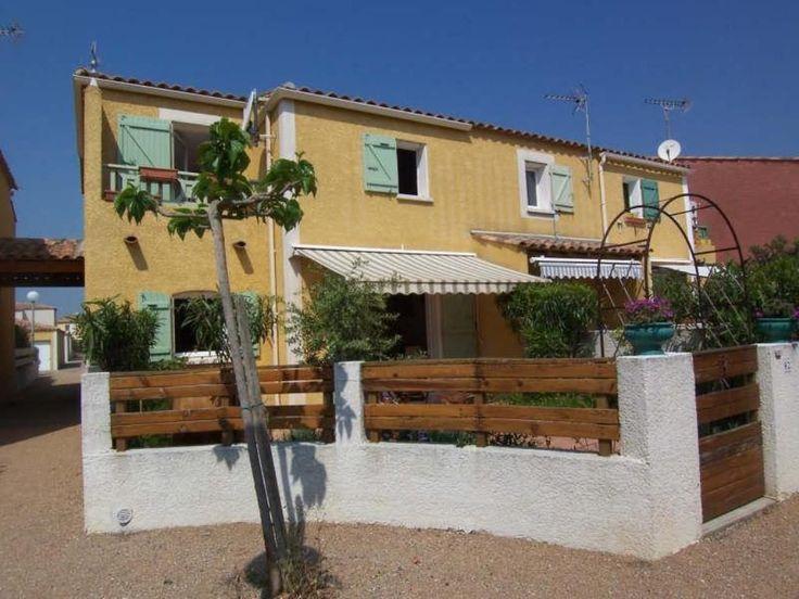 453 best images about immobilier bord de mer aude 11 on pinterest villas coins and studios - Tres belle cuisine equipee ...