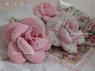 ARTESANATO FOFO: De pano - Almofada em forma de rosa
