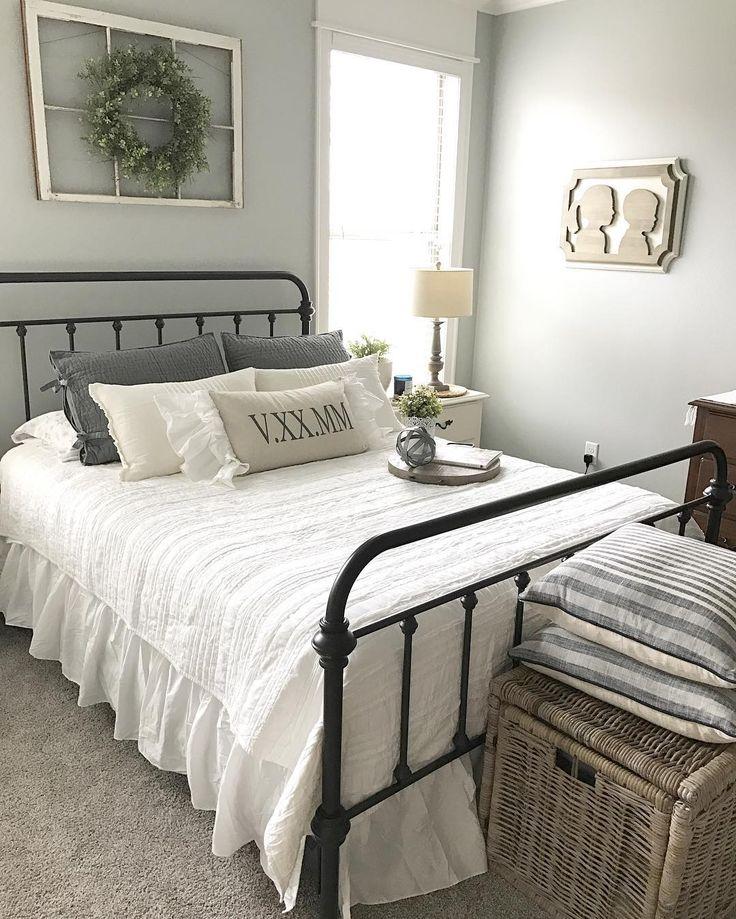 Prettiest Bedroom Award Goes To 💗