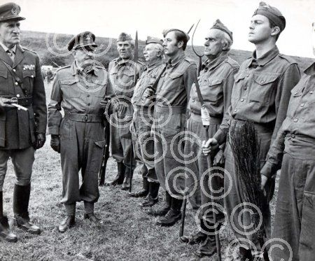 DAD'S ARMY - Picture shows Bernard Archer, Arthur Lowe, John Le Mesurier, Clive Dunn, James Beck, John Laurie and Ian Lavender © Daily Mail - see link for purchase details and further info