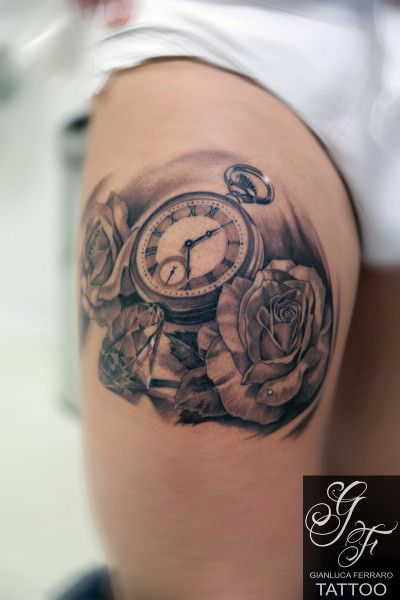 Oltre 25 fantastiche idee su tatuaggi di orologio su for Bussola tattoo significato