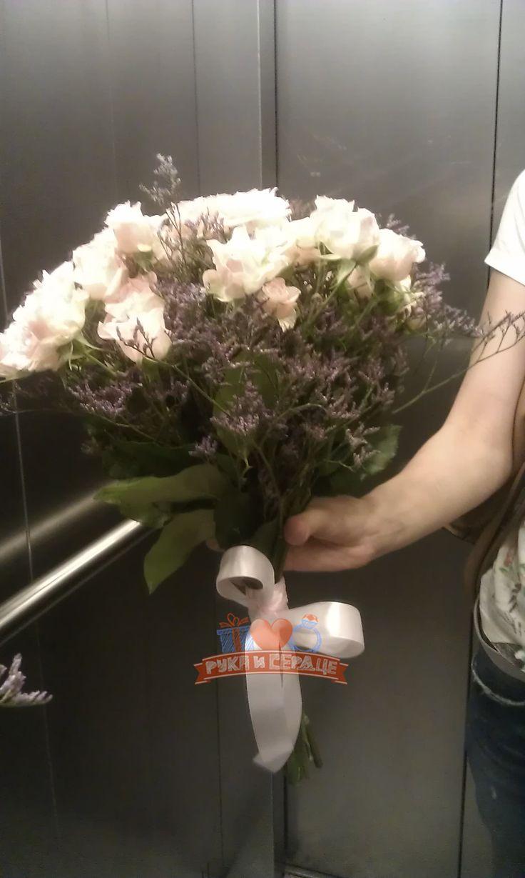Доставка букета цветов - сюрприз/ Surprise bouq delivery  #rukaiserdce #рукаисердце #свидание #предложение #сюрприз #engagement #proposal #date #surprise