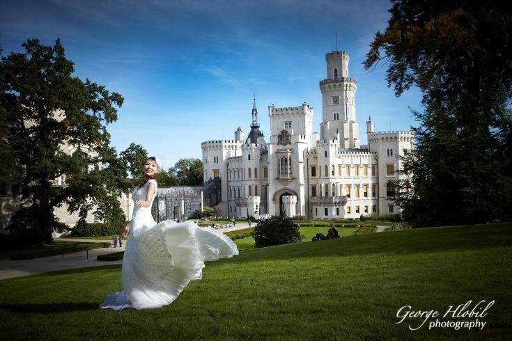 Fairytale wedding at Hluboka castle - Wedding photo shoot in Czech Republic