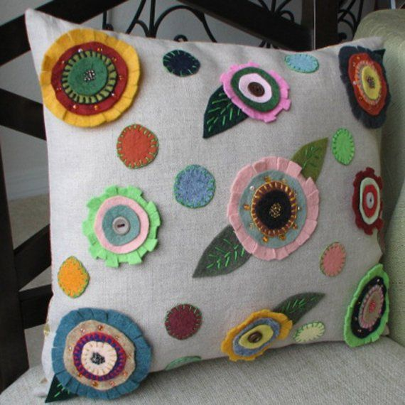 felt flowers pillow