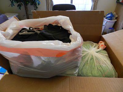 Hi! It's Jilly.: Moving Tips- Part 2 || DIY vaccuum packing (kinda)