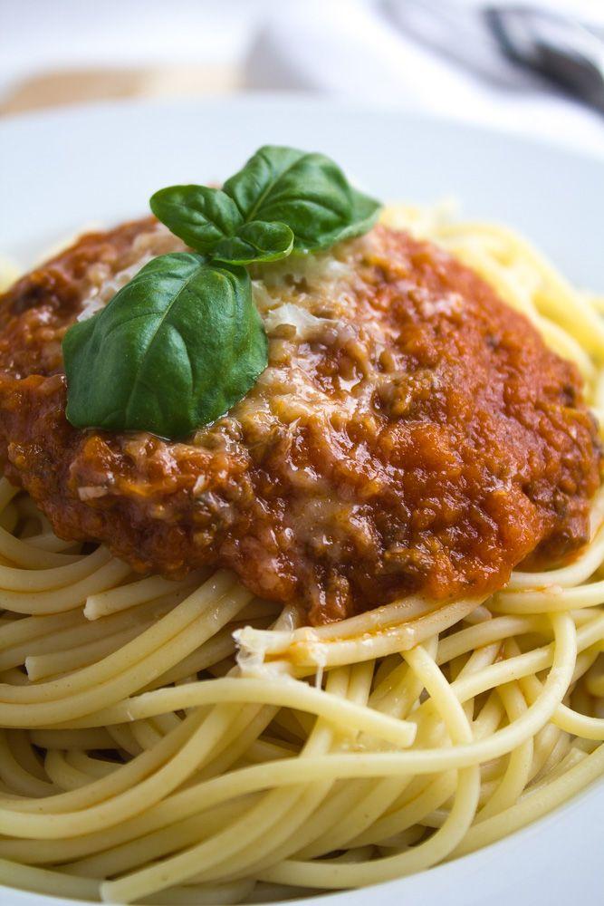 Bolognese saus recept met bleekselder en wortel