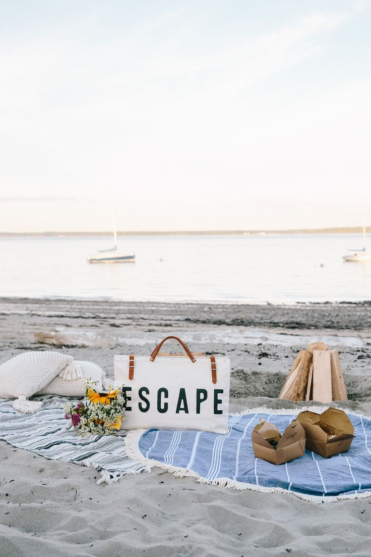 Beach Dinner | Beach Fire | Intimate Beach Side Evening | Camden, Maine | Things to do in Camden, Maine | Gorgeous Styled Beach Picnic | ESCAPE ForestBound Bag | Round Beach Towel | Beach Adventure via @elanaloo + elanaloo.com