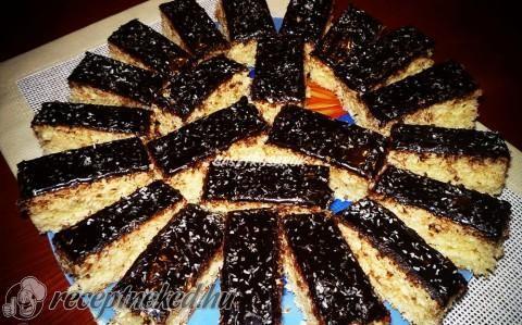 Kókuszos kevert süti recept fotóval