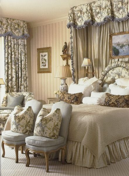 William R. Eubanks » Interior Design and Antiques » Press » THE VIEW FROM VERANDA AMBASSADORS