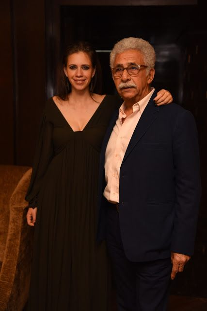 Producer Priti Gupta hosted the Premiere of Waiting Movie with Naseeruddin Shah and Kalki Kochlien Entertainment, Kalki Kochlien, Naseeruddin Shah, Ramola Bacchan, Waiting Movie  http://www.pocketnewsalert.com/2016/05/Producer-Priti-Gupta-hosted-Premiere-Waiting-Movie-Naseeruddin-Shah-Kalki-Kochlien.html