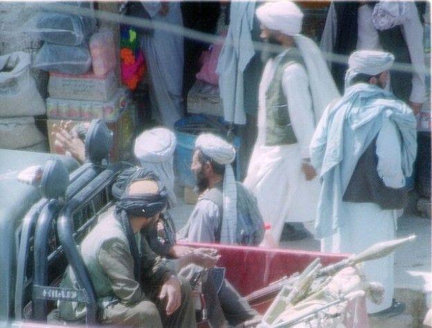 Войска НАТО не смогли остановить наступление талибов под Кундузом