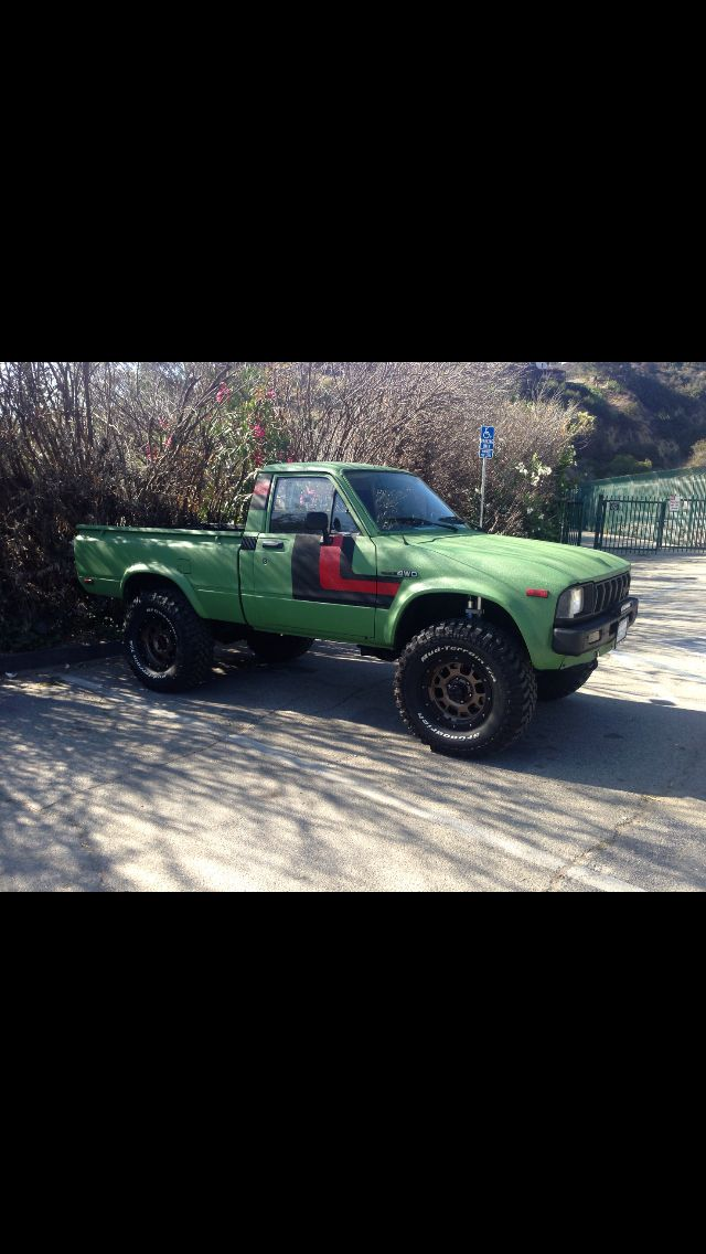 1982 toyota 4x4 shortbed, project still on the works so far i have done the following, Fox reservoir shocks all around, King front stabilizer shock, Atlas leaf springs, Toyota TRD bronze edition wheels with BF goodridge, Pro-Comp led light bar, custom paint job with Raptor liner, custom high end sound system includes Mcintosh Mc406 headunit with MPM400 meters Mcintosh MC440M amp with 3 way Morel complnents Dynadio sub, stock 22R engine with Weber carb and after market exhaust system..