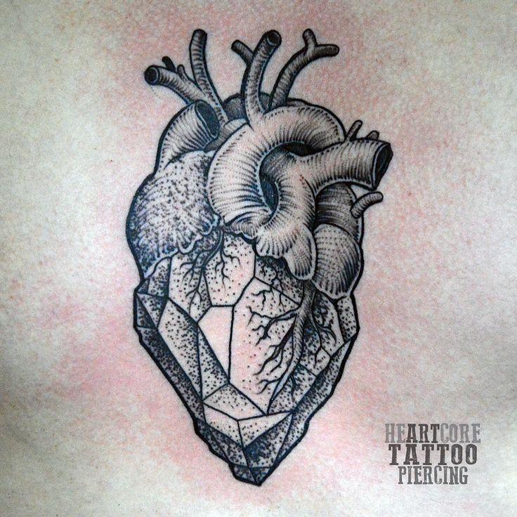 21b62a0e1aebf61762c28cf9043b147a corazon tattoo geometrical tattoos