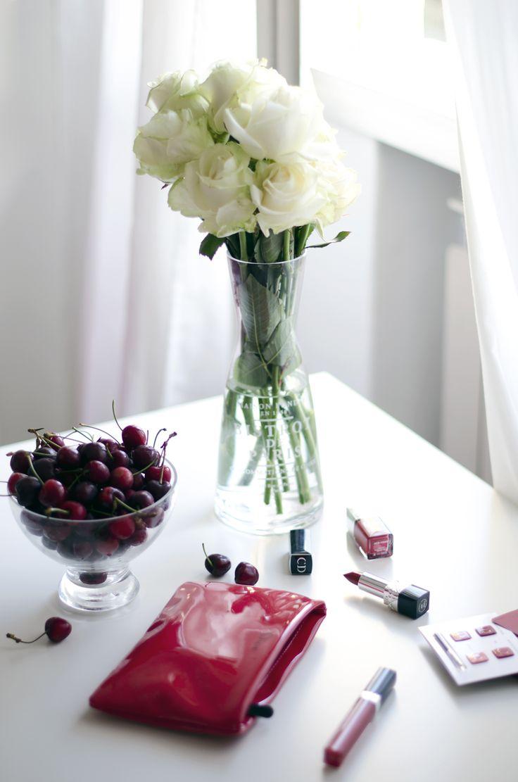 lipgloss rosso |rossetto rosso | smalto rosso