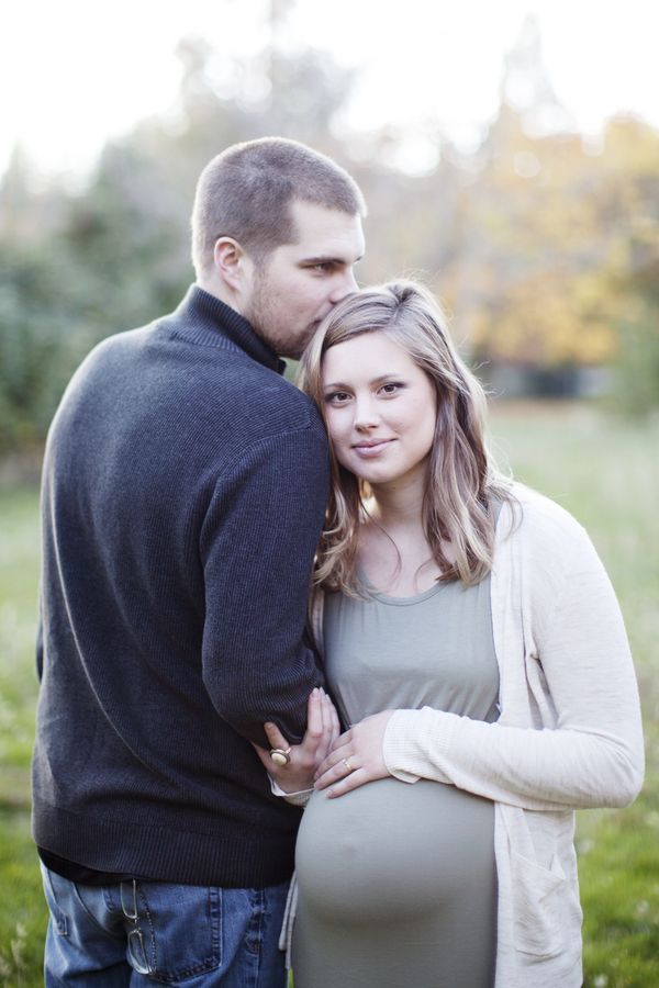 Inspired by This Cozy Fall Maternity Session by MA Rose Photography - Inspired By This