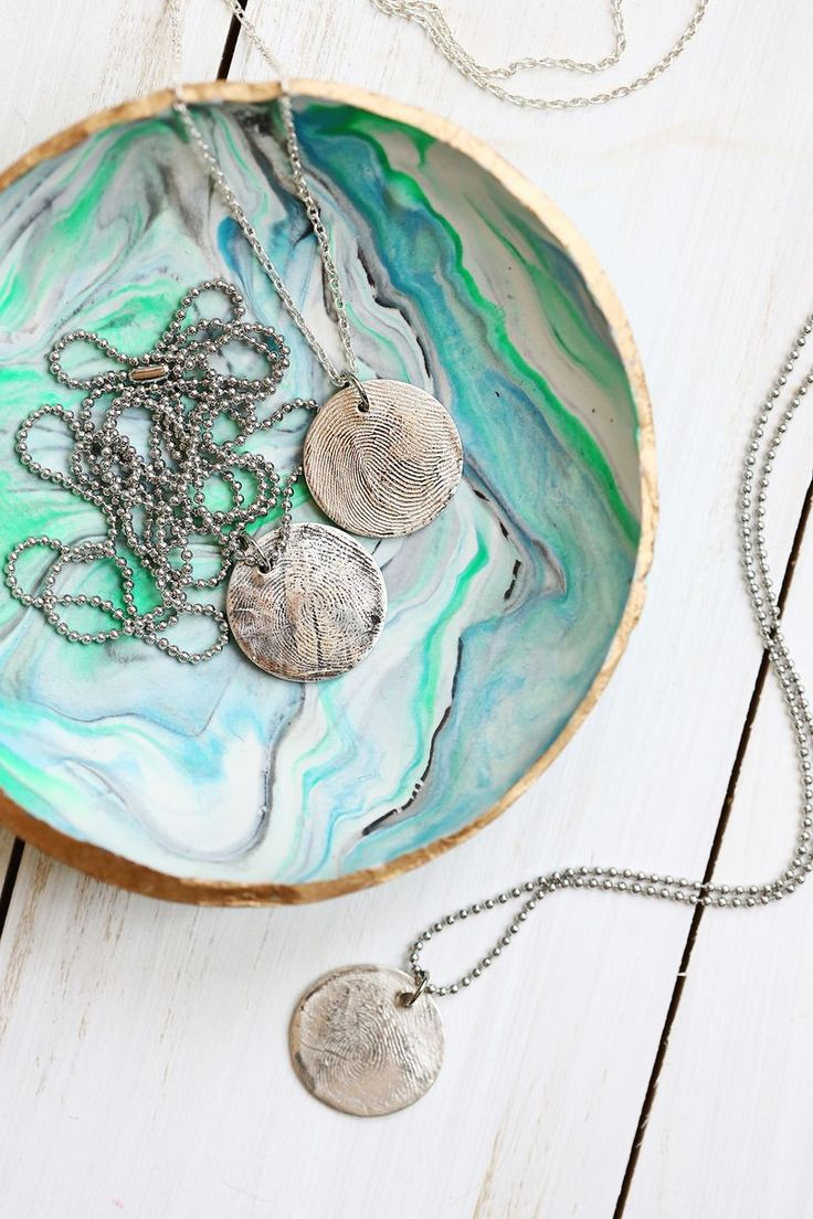 Use metal clay to make real silver jewelry!