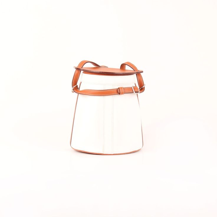Hermès Farming Bag in Gold and White.