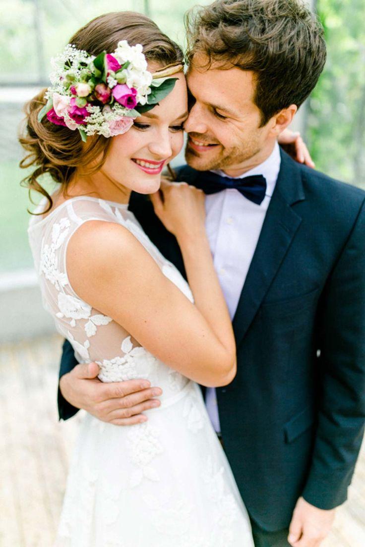 Flower Power Hochzeitsinspiration @Irina Rott & Nicole Schiessl http://www.hochzeitswahn.de/inspirationsideen/flower-power-hochzeitsinspiration/ #wedding #shooting #couple