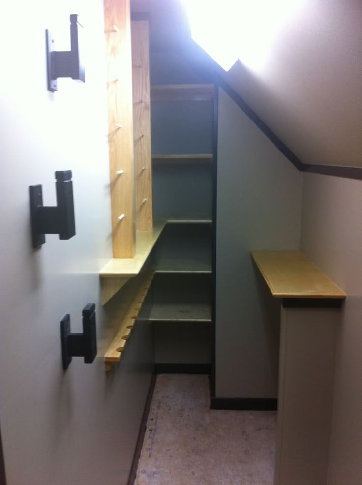 Maximizing minimal space: hidden gun room.