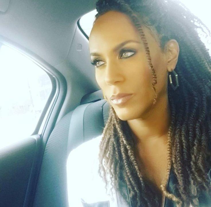 Nicole Ari Parker Kodjoe                                                        …