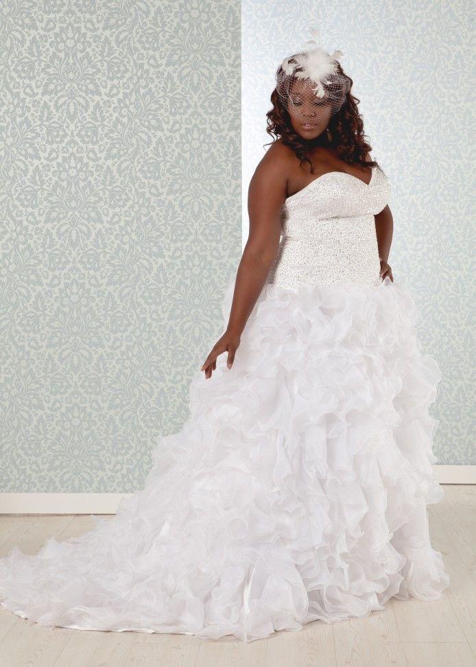 18 best plus size wedding dresses images on pinterest for Used short wedding dresses