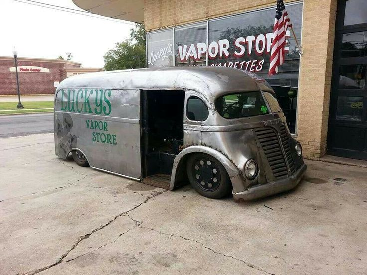 Really cool slammed truck
