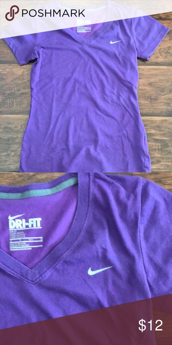 Nike purple tee No flaws Nike Tops Tees - Short Sleeve