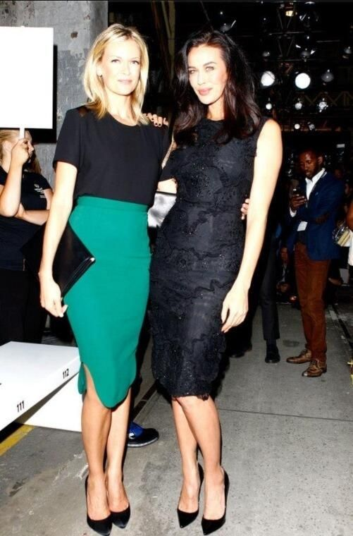 Twist on a classic.  Inspired by the beautiful Sarah Murdoch, click here and try a knee-length high-wasted skirt for the ultimate casual weekend look: http://www.newlondon.com.au/blyth-ks/