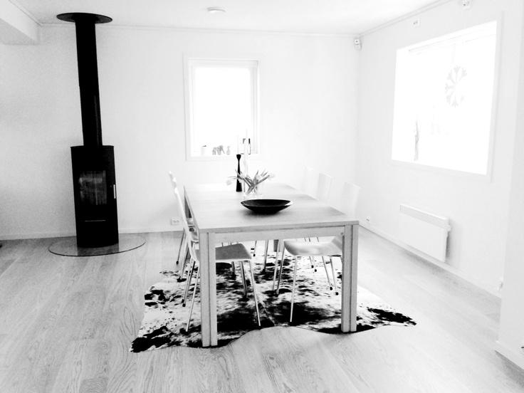 Dining area - SM 25 table, Skovby + Avanti chairs, Danerka