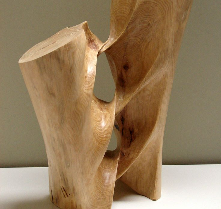 Article courtesy of Arch2o, written by Lidia Ratoi. Vilardell transforms blocks of wood into twirling objects. He states that working with wood requires a profound respect for the living creature.