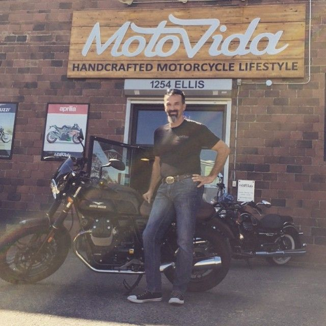 Our very good friend Pete after many years with HD is all smiles to start life with a V7 Stone and super stoked to start modding his new ride! . . . . . .  #Motoguzzi_Americas #Moto_guzzi_ official#lifeontwowheels #okanagan #lovewherewelive #handcrafted #motorcycle #lifestyle #newride
