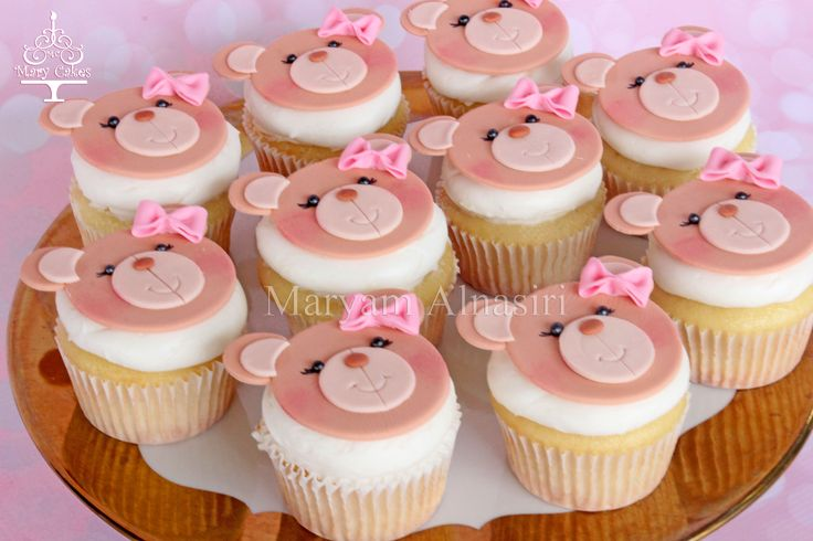 girly pink teddy bear theme cupcakes  by: Mary Cakes