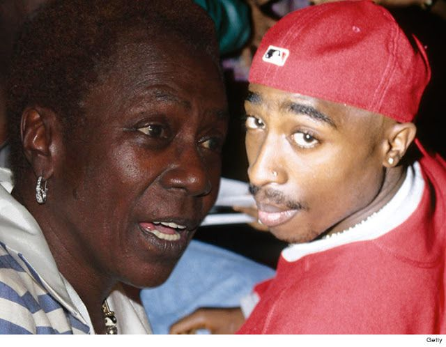 Tupac Shakur's mom is getting divorced and her husband wants half of that Tupac money!!!!    Tupac Shakur's mom is getting divorced and her husband wants half of that Tupac money.  Afeni Shakur filed for divorce against Gust Davis her husband of 12 years. For some reason we're told the couple doesn't have a prenup.  Afeni filed in North Carolina where judges are not required to divide property 50/50 but rather on a case-by-case basis to determine what's fair. They have lots of property and…