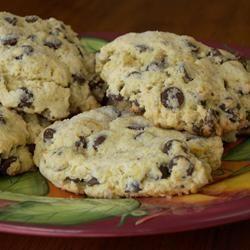 Scones com gotas de chocolate @ allrecipes.com.br