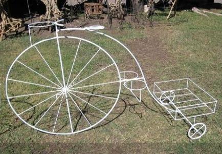 Bicicleta antigua de hierro forjado http://obras-de-arte.vivastreet.com.mx/articulos-coleccion+jocotepec/vicicleta-antigua-de-hierro-forjado/32422647