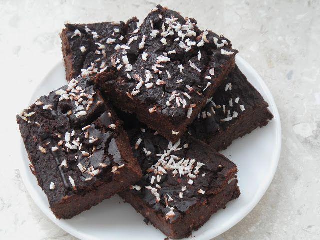 Herbivore's meals: Idealne brownie z ciecierzycy - wegańskie, miętowe, bezcukrowe