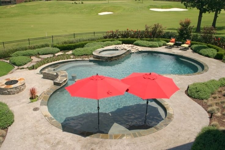 Best 25 gunite pool ideas on pinterest swimming pools for Pool design with tanning ledge