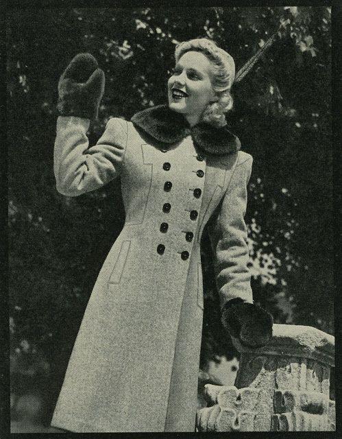 Vintage Winter Fashion Postcard, 1940s. From dividingmoments.blogspot.com.